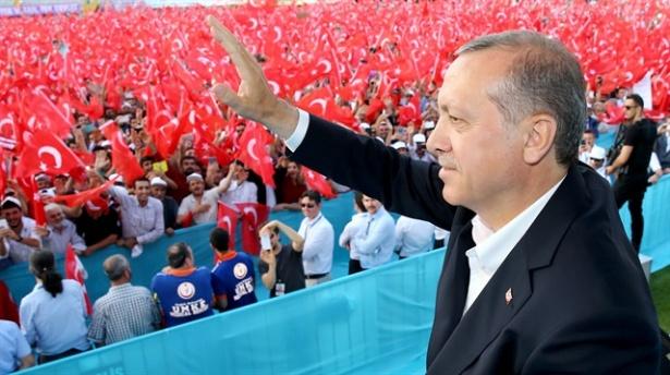 Erdoğan: Komik şeyler oluyor