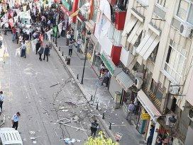 HDPnin Mersin ve Seyhan binalarında patlama