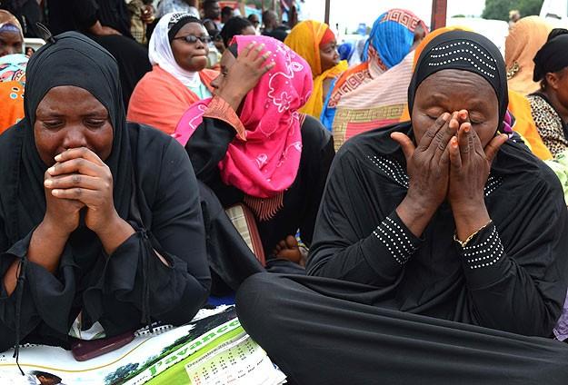 Cenaze törenine hükümetten kimse katılmadı