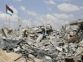 İsrail yine Gazzeye saldırdı