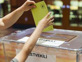 Yurtdışında 744 bin 543 Türk seçmen oy kullandı