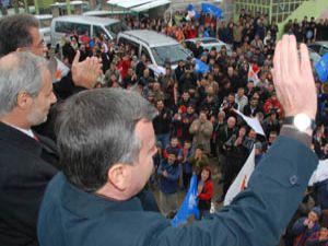 Ak Parti Konyada ilk mitingini yaptı