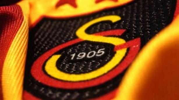 Galatasarayda iki istifa!