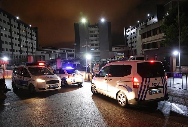 İstanbul emniyetinde şüpheli şahıs araması