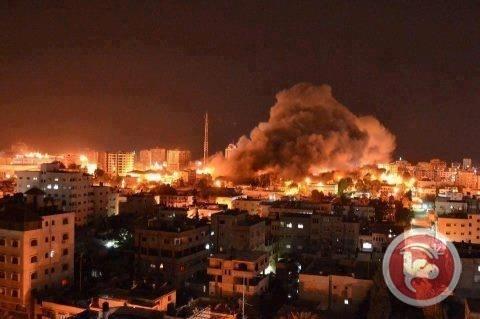 İsrail Gazzeye hava saldırısına başladı