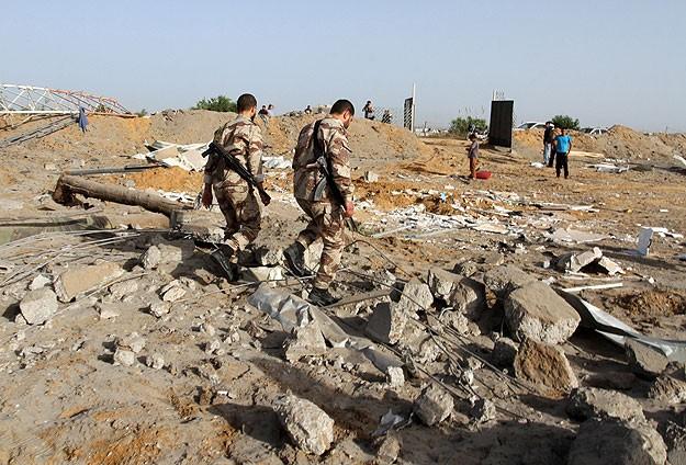 İsrail askeri sahaları bombaladı
