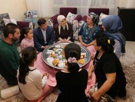 Başbakan Davutoğlundan sürpriz iftar ziyareti