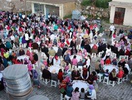 Selçukluda iftar buluşmaları