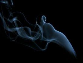 Sigara dumanı çocukları şişmanlatıyor!