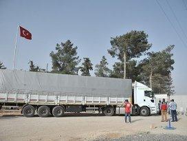 Kobaniye ilk yardım yine Türkiyeden