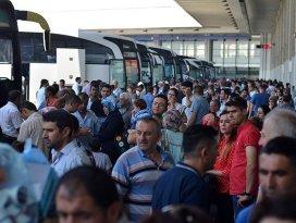 Bayram tatilinde yolcular biletsiz kalmayacak