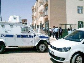 Ceylanpınarda 2 polis ölü bulundu