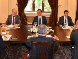 Koalisyon görüşmelerinde 8 başlık