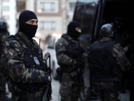 Terör operasyonlarında 1300den fazla gözaltı