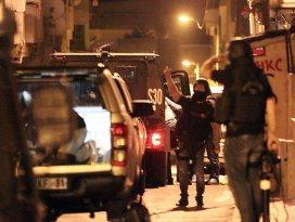 Terör örgütlerine operasyon: 23 gözaltı