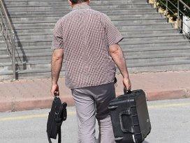 Erkilet Havaalanında 3 iş adamının eşyalarına el konuldu