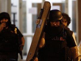 Terör örgütlerine operasyon: 34 gözaltı