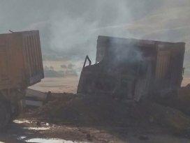 Terörisler 18 iş makinesi ve 6 konteyneri yaktı