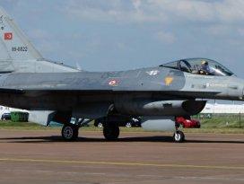 Türk F-16'lar salı günü vuracak