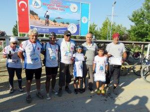 Beyşehir Gölü etrafı bisiklet turu tamamlandı