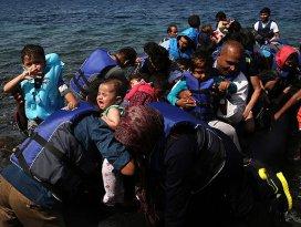 Sığınmacılar Yunan adalarına akın ediyor