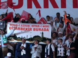 AK Parti kongresinde Diyarbakır teşkilatına alkış