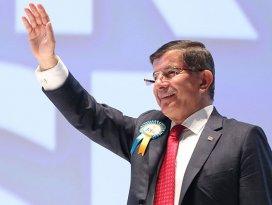 Davutoğlu yeniden AK Parti Genel Başkanı
