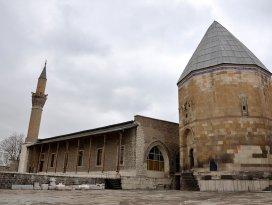 Alaaddin Camisinin restorasyonu 2016da bitecek