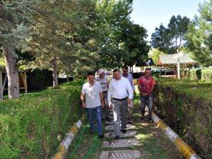 Başkan Tutal, Kesecik'te vatandaşla bir araya geldi