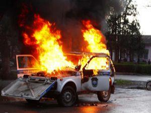 Türklerin evleri yakılıp, malları yağmalandı