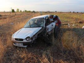 Balayı dönüşü kaza: 3 yaralı