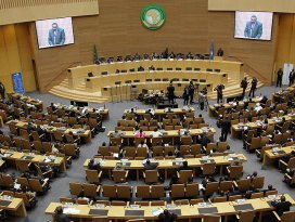 Afrika Birliği olağanüstü toplanacak