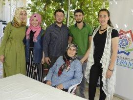 Gençlik Meclisi üyeleri yaşlıların evini temizledi