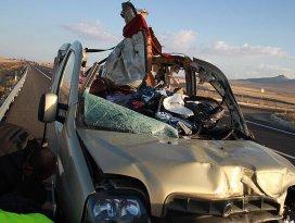 Katliam gibi trafik kazası: 13 ölü