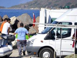Sığınmacıları taşıyan tekne battı: 17 ölü