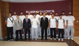 Basketbol Takımı Başkan Altayı ziyaret etti