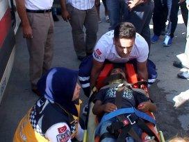 Kamyonetin çarptığı çocuk yaralandı