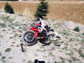 Beyşehir'de sürat motosikleti devrildi: 1 yaralı