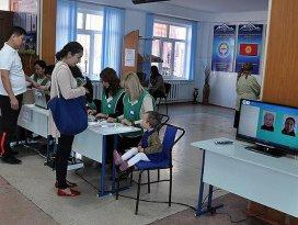 Kırgızistanda sandıktan koalisyon çıktı