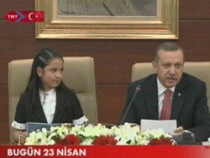Başbakan koltuğu devretti