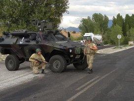 Teröristler Gaziantepte güvenlik güçlerine ateş açtı: 1 asker şehit