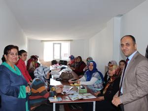 Başkan Özaltun KOMEK'in kursiyerleriyle buluştu