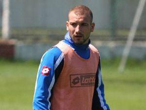 Konyasporlu Serhat güven verdi