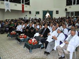 NEÜ'de beyaz önlük giydirme töreni düzenlendi