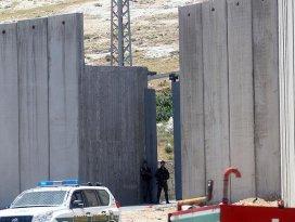 İsrailden Gazze sınırına ayrım duvarı