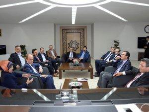 Gençlik ve Spor Bakanlığı Müsteşarı Özçelik'ten Başkan Toru'ya Ziyaret
