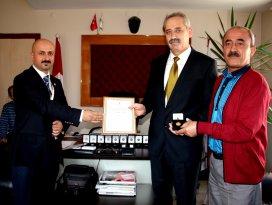 Seydişehirde gönüllü kan bağışçıları ödüllendirildi