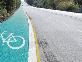 Akşehir'de Gazi Bulvarına bisiklet yolu