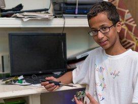 Mucit Ahmed ailesiyle Katarda yaşayacak