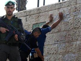 Kudüs ve Batı Şeriada 70 Filistinli gözaltına alındı